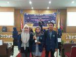 Tiga Mahasiswa Prodi Akuntansi Juara 1 Debat Akuntansi yang Diselenggarakan UNP