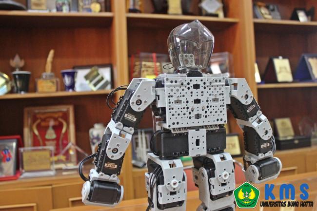 tim_robot_proklamator_universitas_bung_hatta_lolos_seleksi_tahap_ii_tingkat_nasional