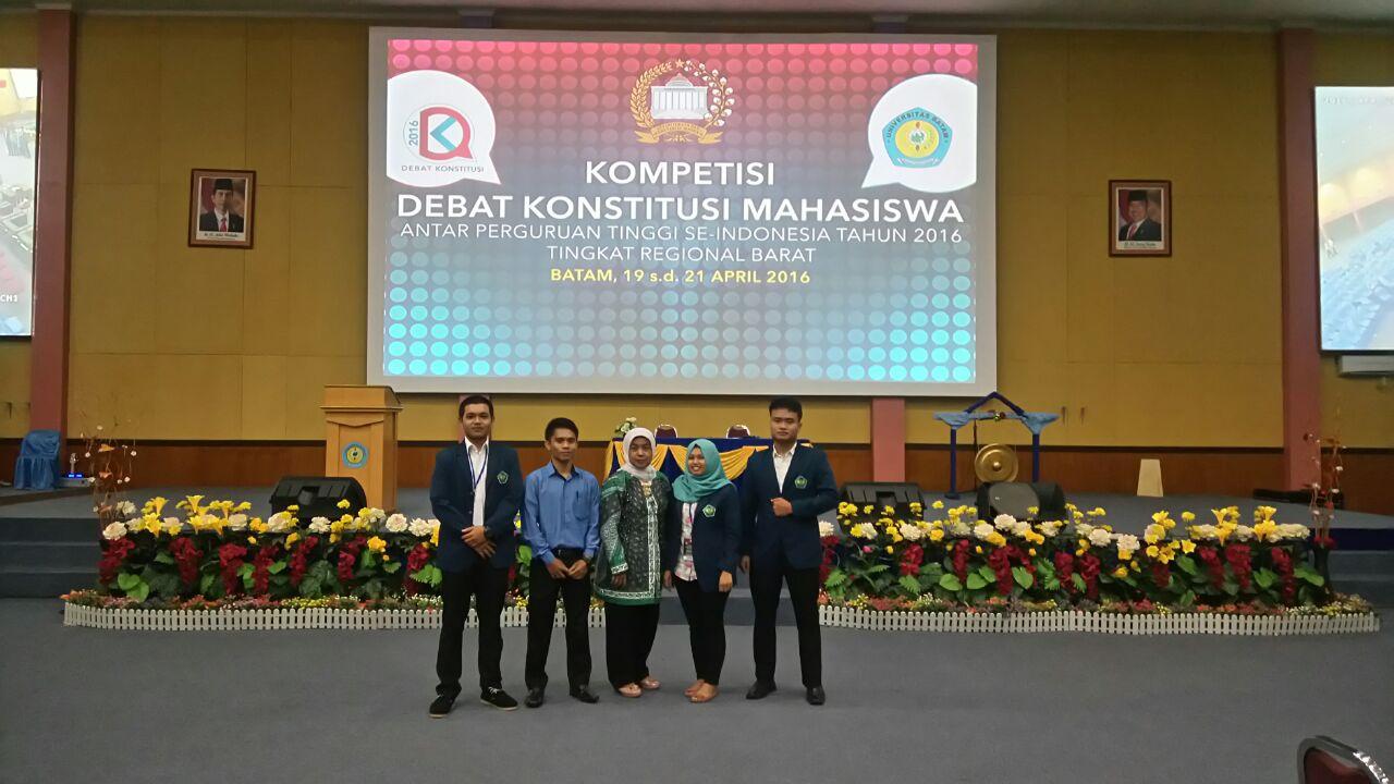 Universitas Bung Hatta Lolos Tahap Eliminasi Debat Konstitusi Mahasiswa Nasional