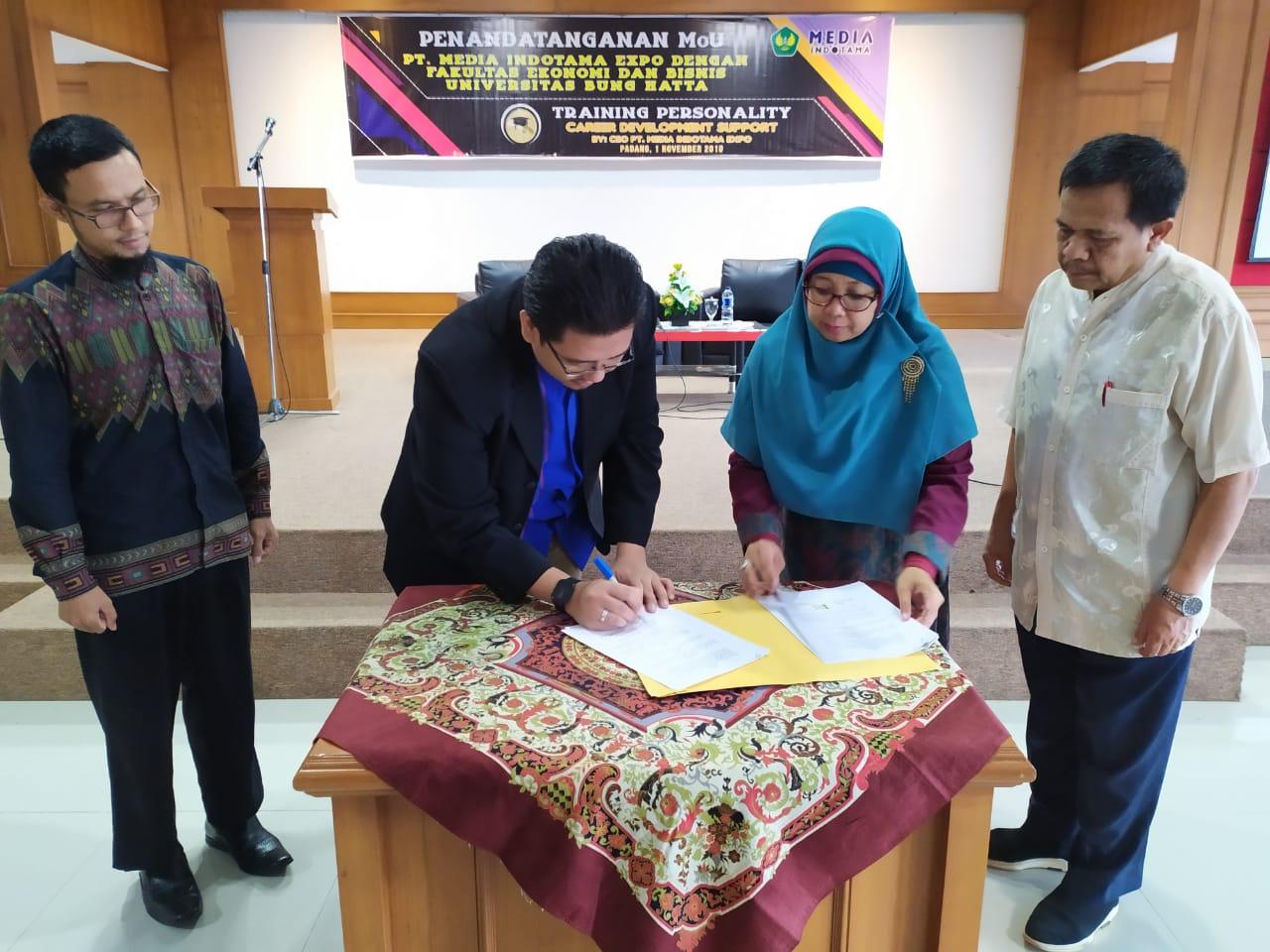 PT Media Indotama Expo dengan Fakultas Ekonomi dan Bisnis UBH Tanda Tangani Perjanjian Kerja Sama