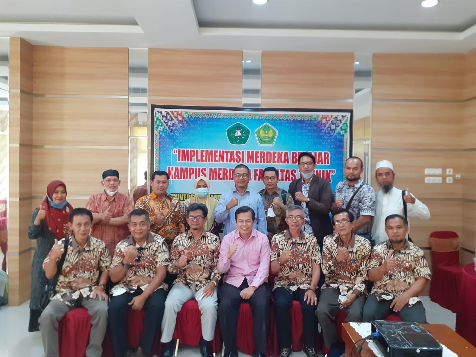 Implementasi Program MBKM, Prodi Teknik Elektro Visitasi dan Sosialisasi ke Pekan Baru