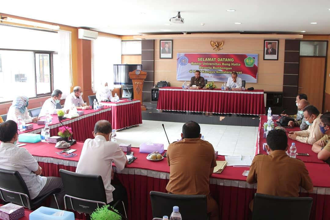 Universitas Bung Hatta Jalin Kerja Sama dengan IPDN Sumatra Barat