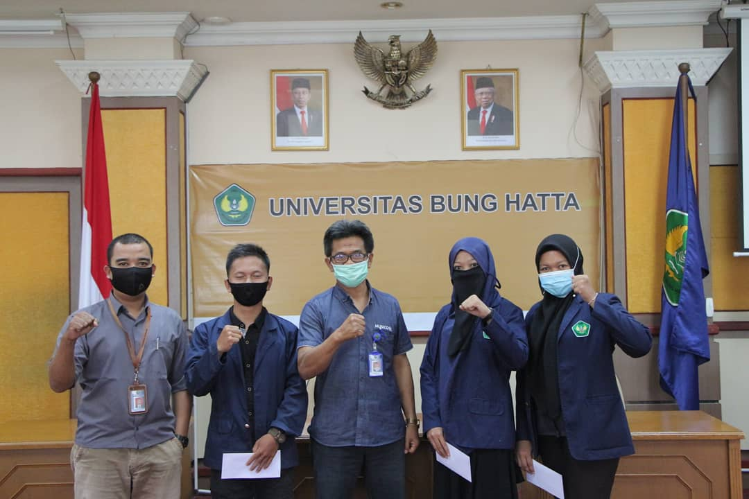 Mahasiswa Universitas Bung Hatta Terima Beasiswa dari DPP Alumni Universitas Bung Hatta
