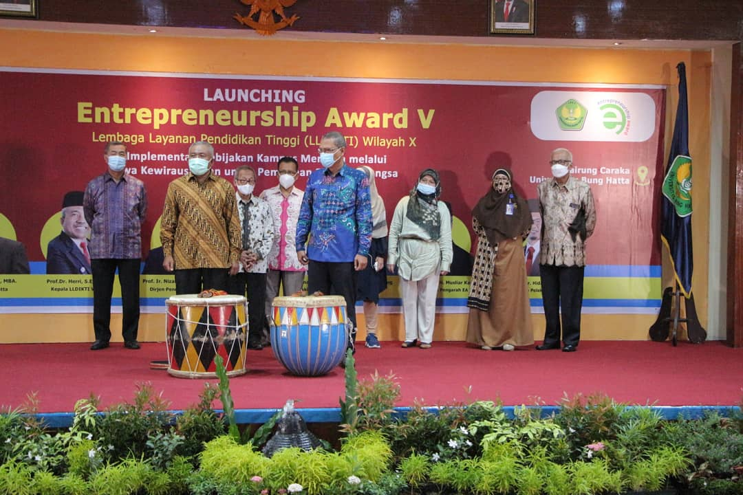Universitas Bung Hatta Suskes Selenggarakan Pembukaan Entrepreneur Award V