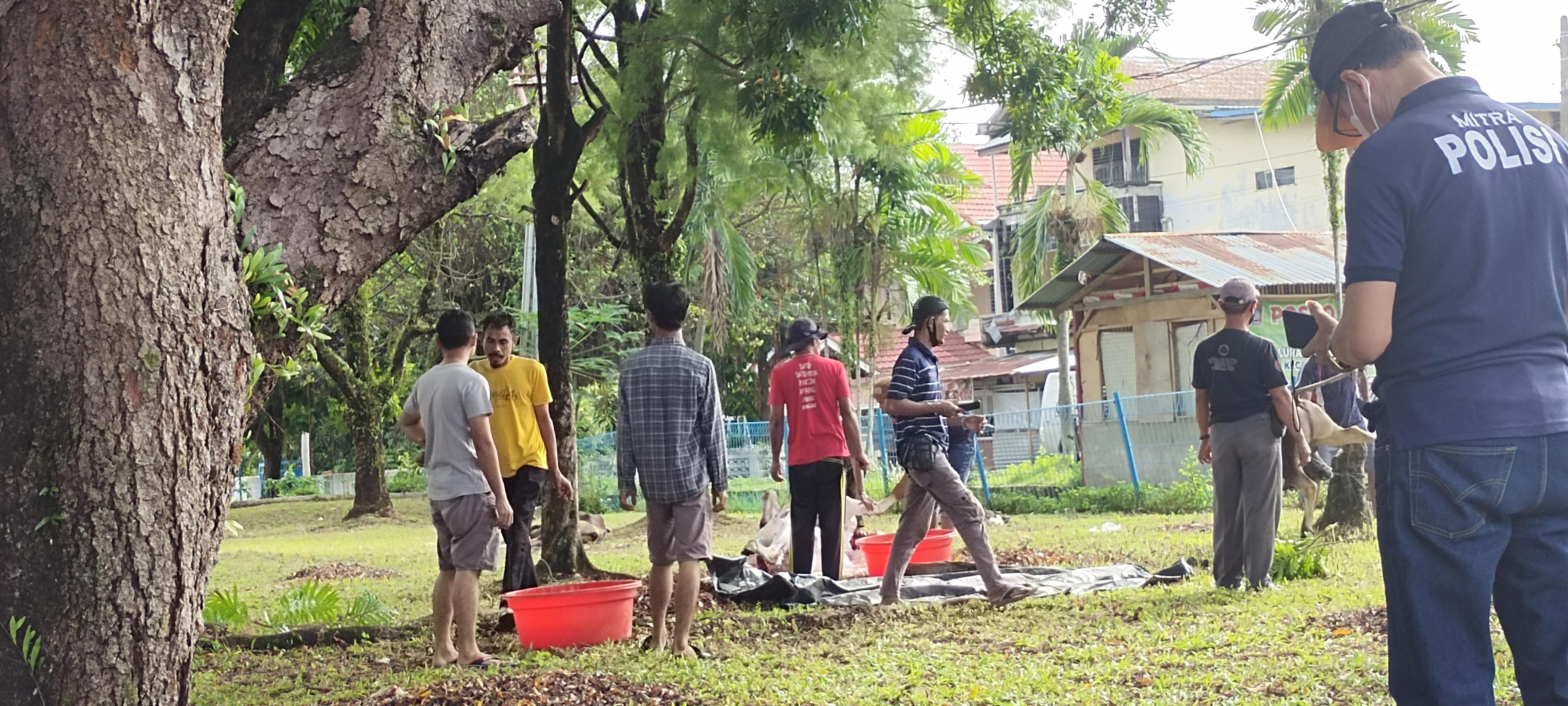 Rayakan Idul Adha 1442 H, Sivitas Akademika Universitas Bung Hatta Kurban 6 Ekor Sapi