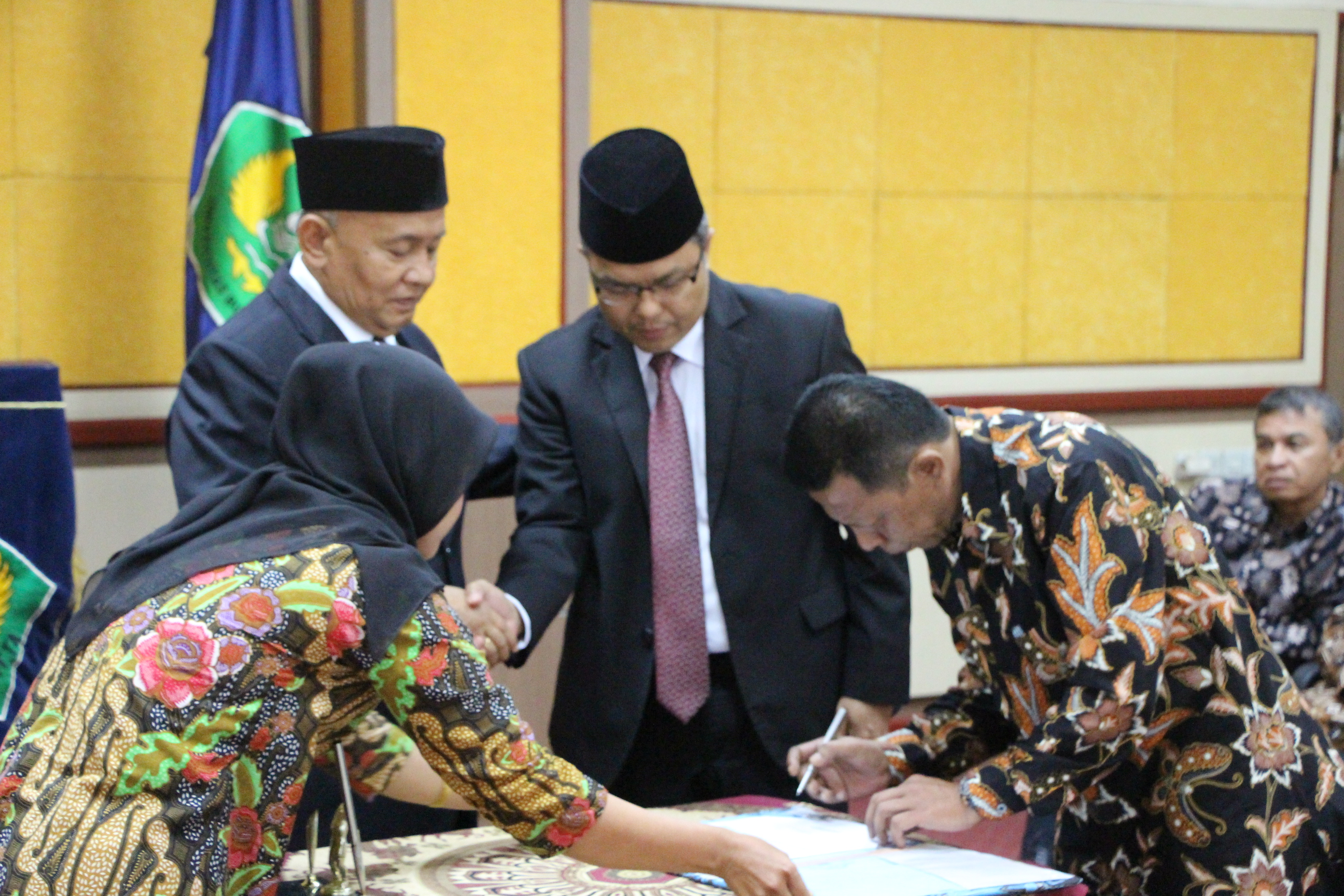 Serah Terima Jabatan Rektor Universitas Bung Hatta Masa Bakti 2017 s.d. 2021