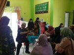 Pusyantek Bung Hatta Latih Warga Nagari Balai Baiak Malai III Membuat VCO