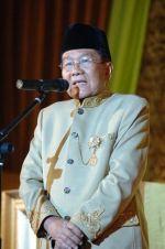 In Memoriam Hasan Basri Durin : Tokoh Masyarakat dan Pendiri Yayasan Pendidikan  ...