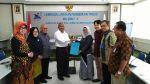 Penyerahan SK Guru Besar Prof. Dr. Eng. Reni Desmiarti, S.T., M.T., di LLDIKTI W ...