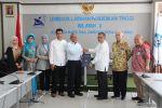 Kepala LLDikti Wilayah X Serahkan SK Guru Besar kepada Prof. Dr. Hendra Suherman, M.T., Guru Besar di Bidang Teknik Mesin UBH